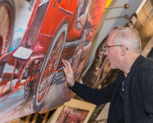 Foto_Oskar Pointecker malt bei der Vernissage